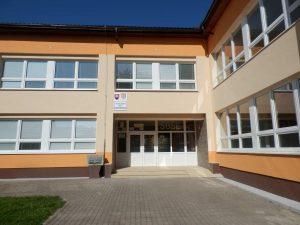 Vstup do školy II