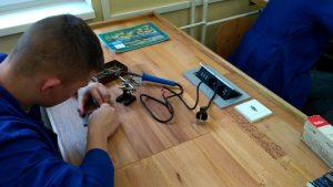 Práca v elektrodielni